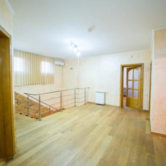 Apartament 130 mp, etajul 1  str. Republicii in Oradea