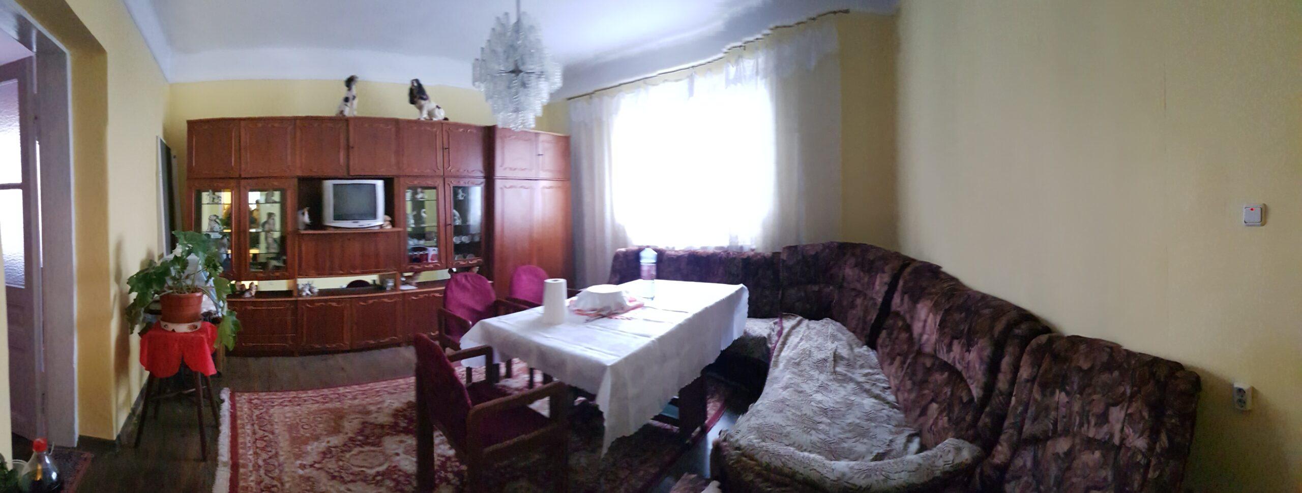 Vindem apartament cu 3 camere la casa,central din str Sucevei
