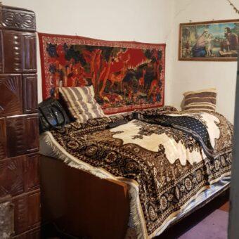Vindem casa in localitatea Sauaieu sau schimbam cu garsoniera sau apartament la parter in Oradea
